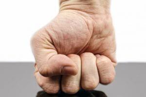 Training der Handgelenke beim Handstandtraining