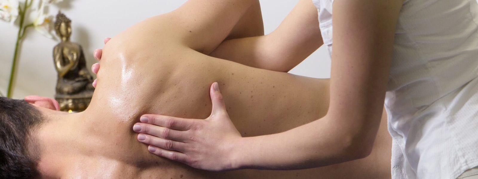 Schulterprobleme durch den Handstand - Massage hilft