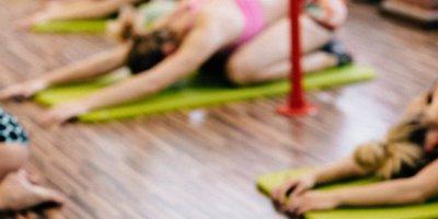 Yoga Session für Beine und Dehnung